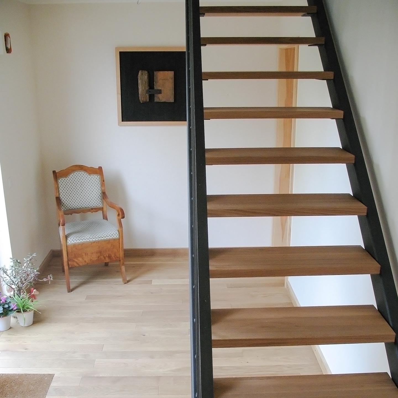 treppenstufen j u janietz holz. Black Bedroom Furniture Sets. Home Design Ideas